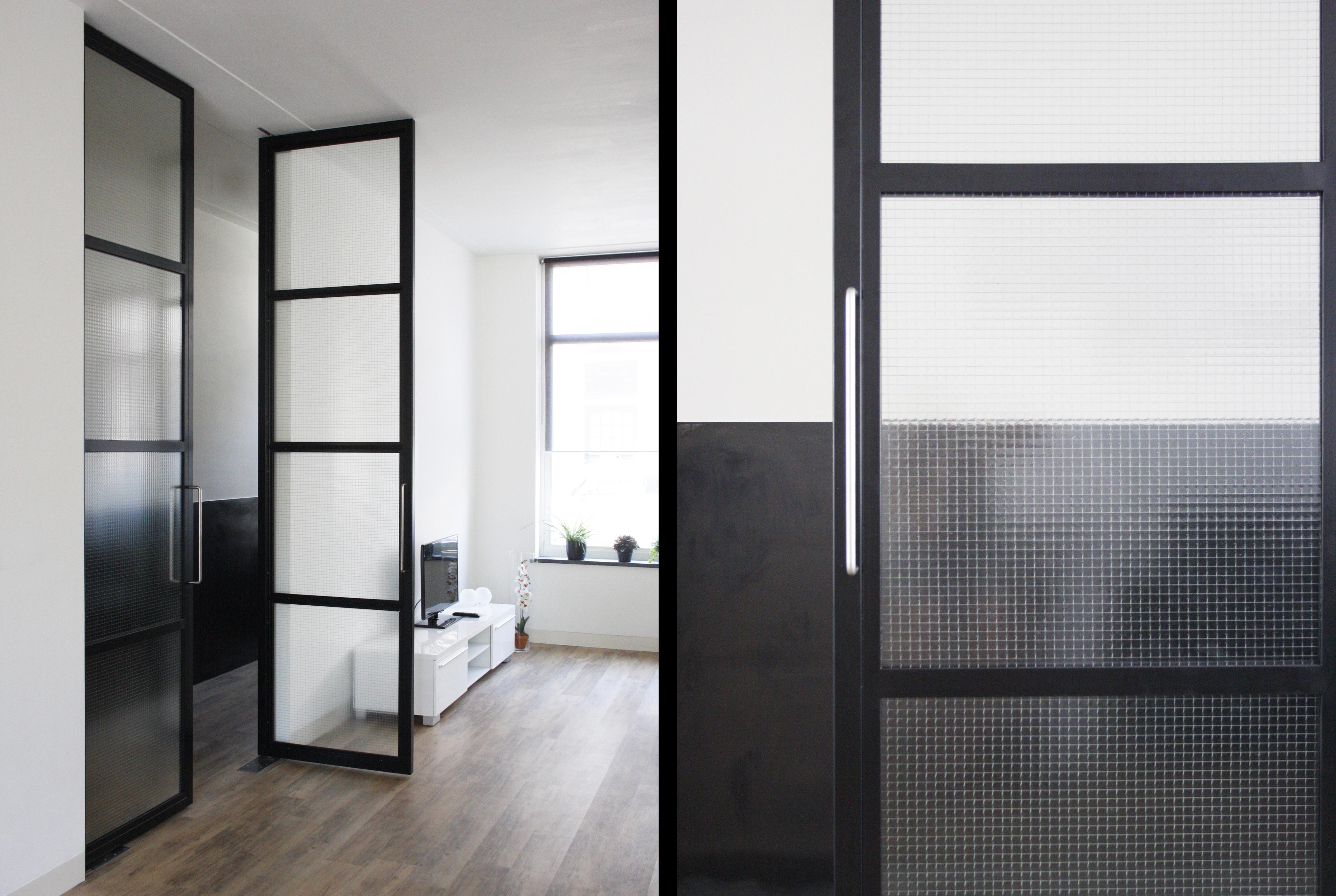 Stalen binnendeuren kamerhoge stalen binnendeuren for Deuren en kozijnen